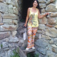 Тракийска гробница и средновековна крепост край село Мезек